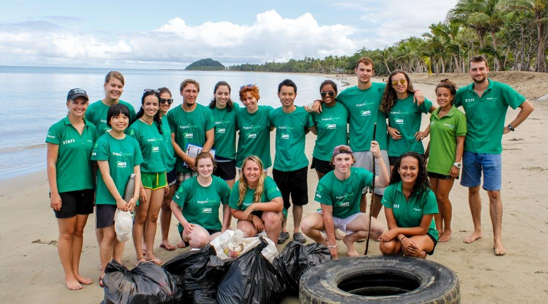 Projects Abroad Conservation volunteers pick up litter on one of our best volunteer abroad programmes